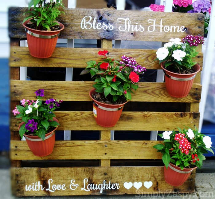 DIY Recycled Pallet Planters Things
