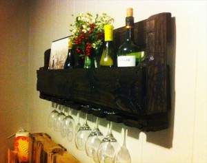 Pallet Wine Racks with Glass Holder