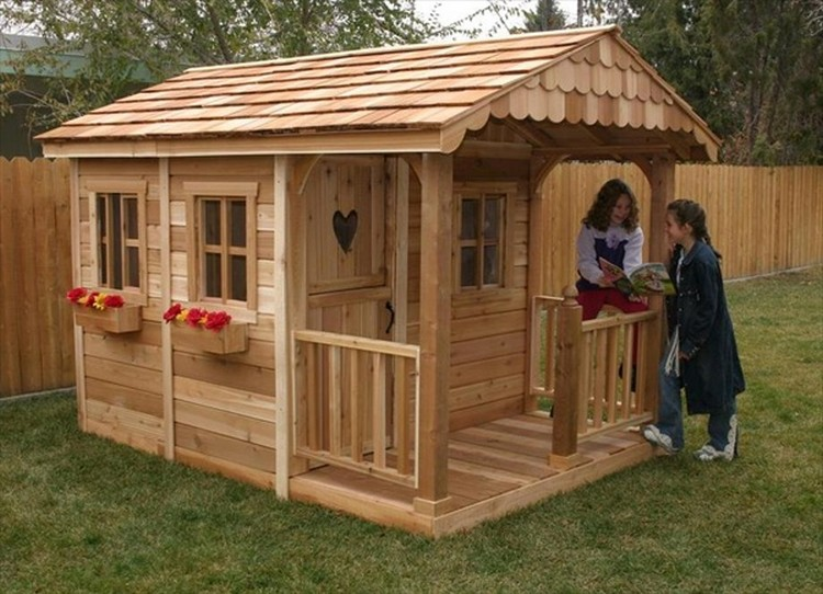 Wooden pallet kids playhouse plans recycled things for How to make a playhouse out of wood