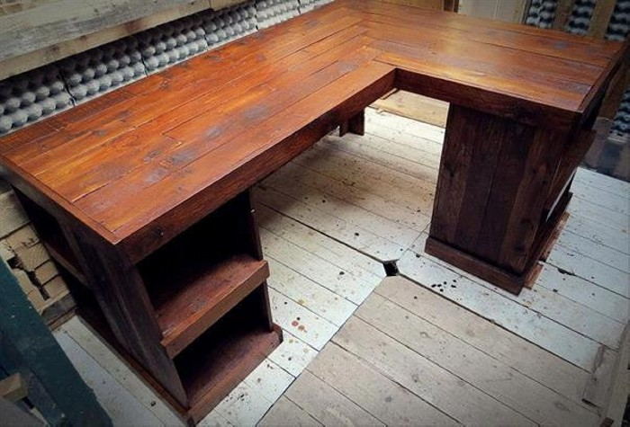 Pallet Sectional Desk & Table