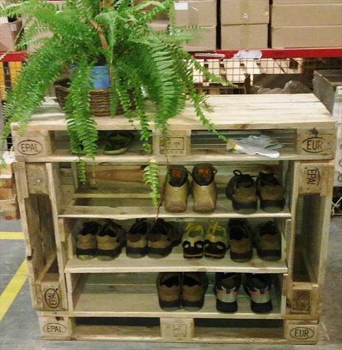 Pallet Shoes Rack & Storage
