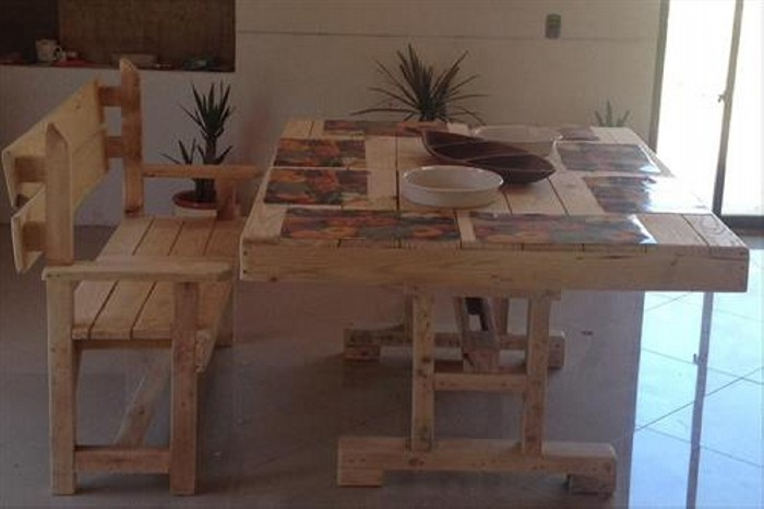 Recycled Wooden Pallet Dining Table