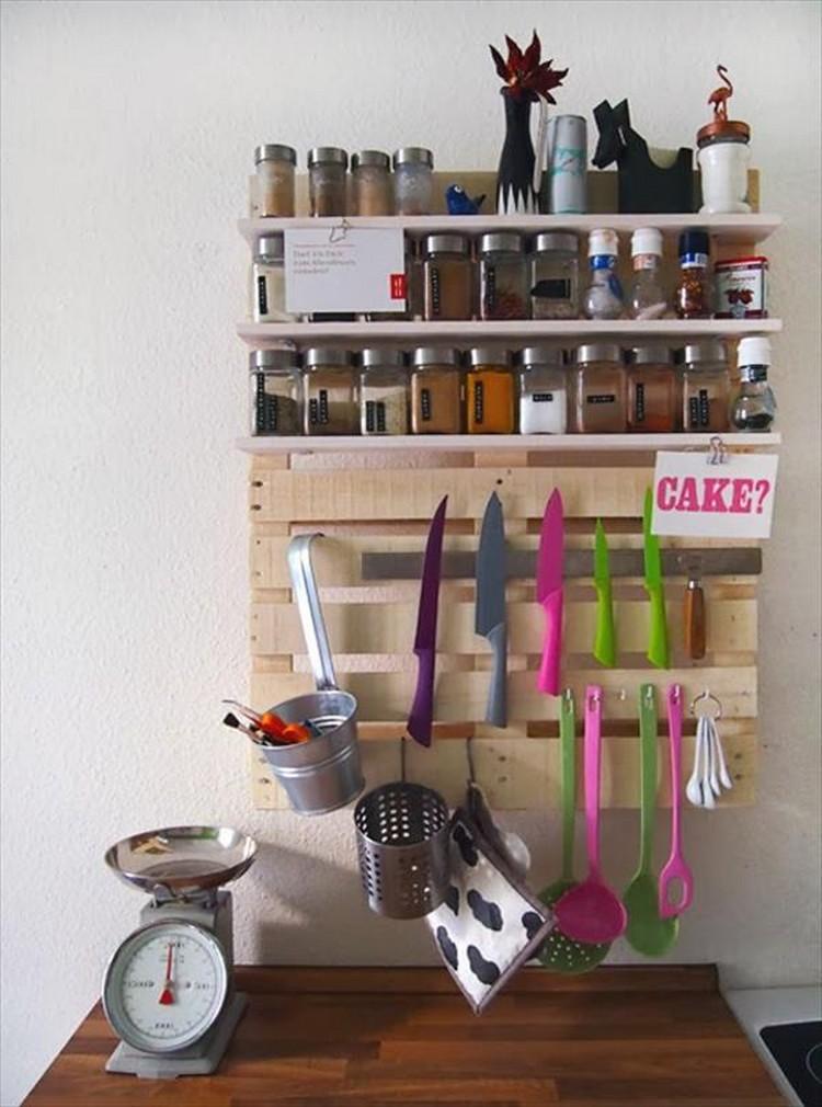 Upcycled Pallet Kitchen Shelf