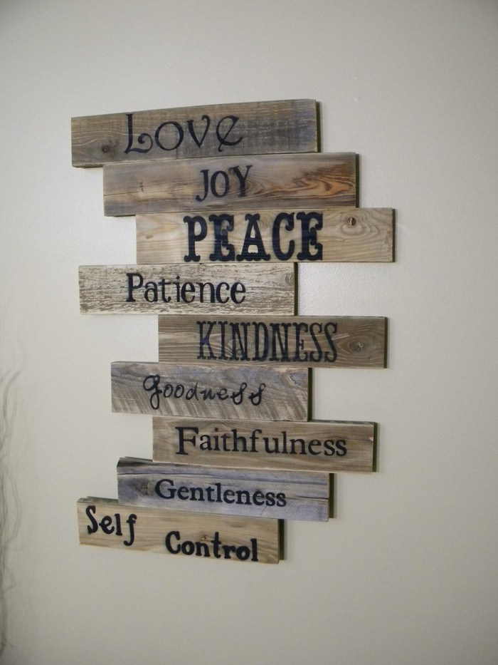 ... Wood Pallet Wall Decor ...