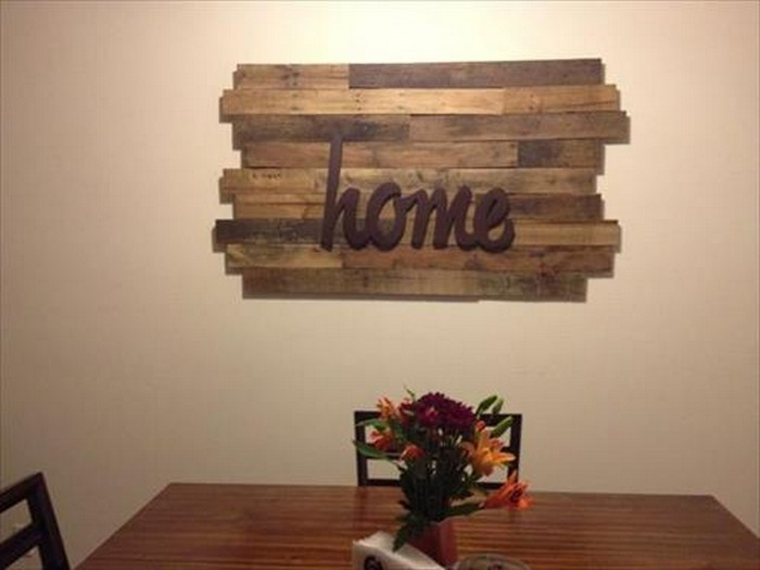 Cute Pallet Home Decor Idea