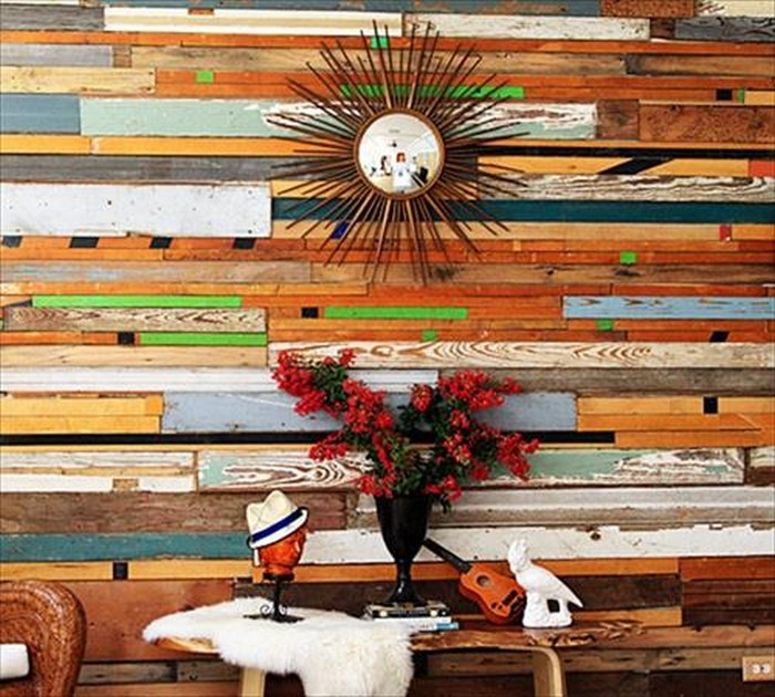 Diy wooden pallet decorating ideas recycled things for Recycled decoration