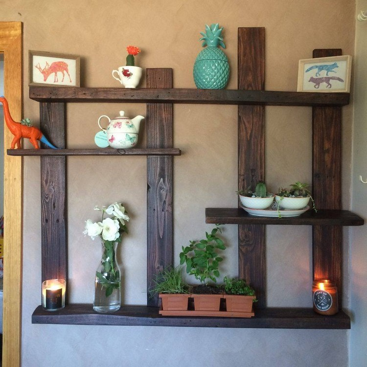 Pallet shelves for wall decor recycled things for Shelf decor items