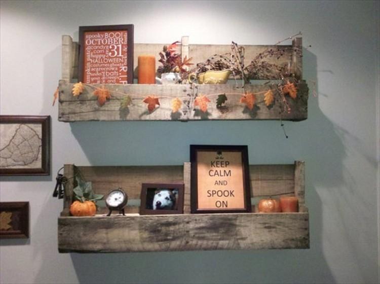 Pallet Shelves for Wall Decor