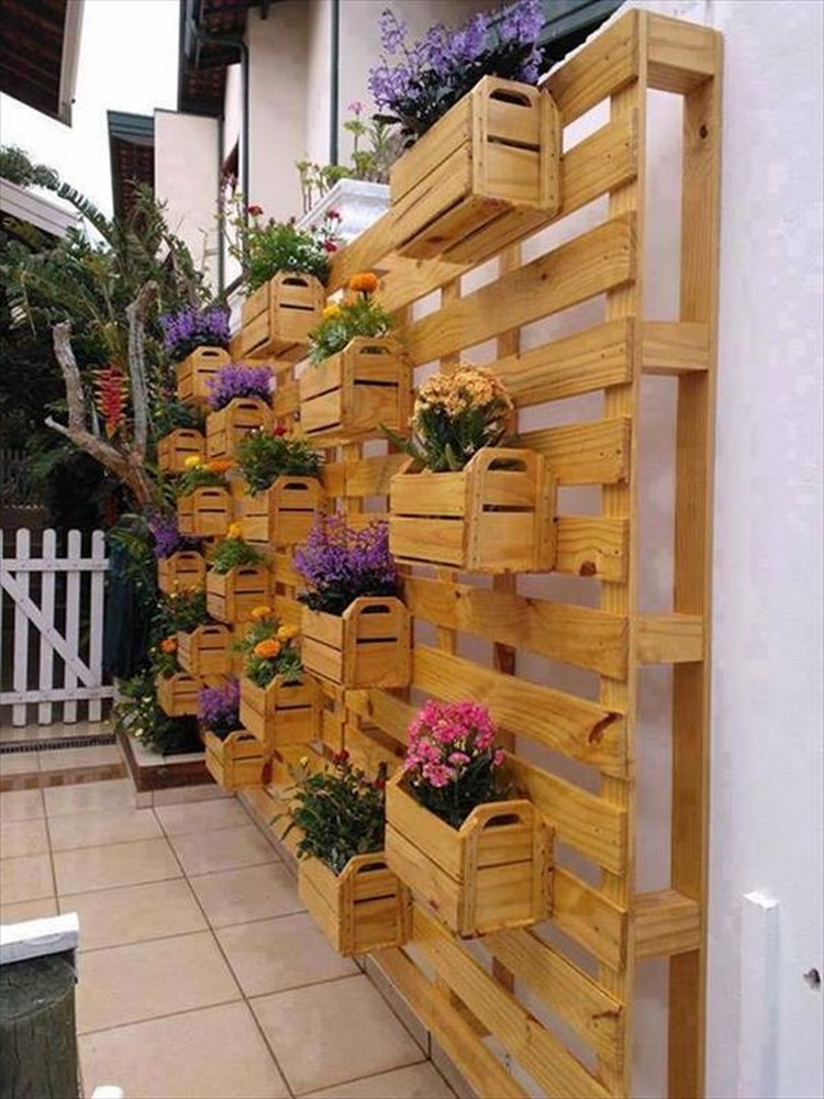 10 Things to Build with Pallets Recycled Things
