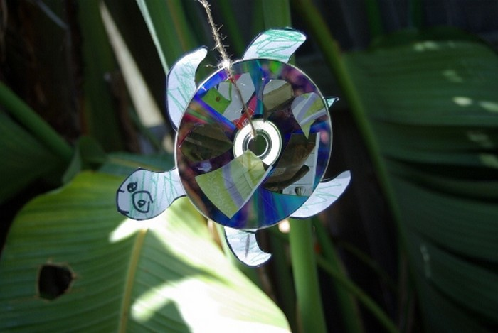 Recycled CD Turtle Craft