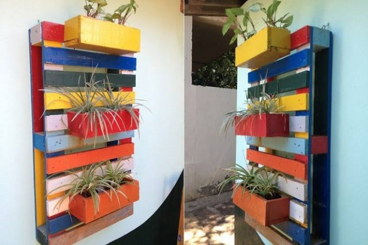 Recycled Pallet Wall Planter