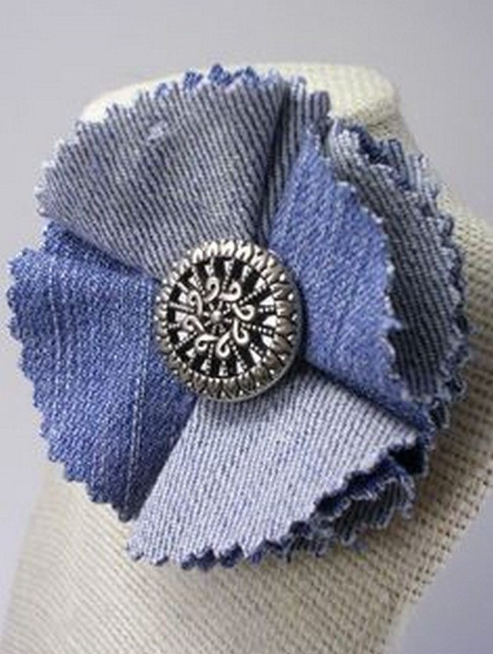 Awesome flowers made from recycled jeans recycled things for Denim craft projects