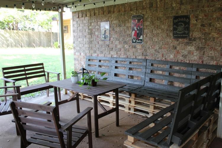 Wooden Pallet Outdoor Furniture Set