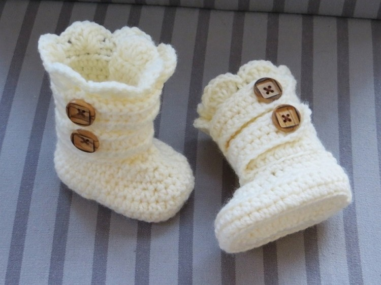 Crochet Baby Booties ideas