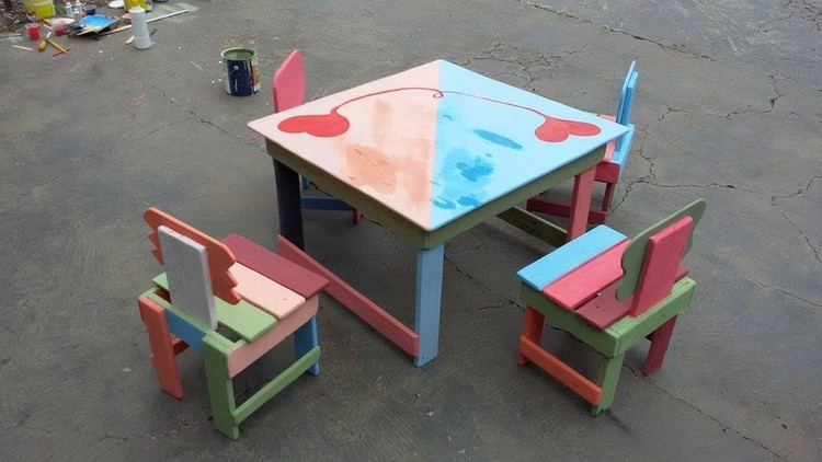 Pallet Kids Furniture