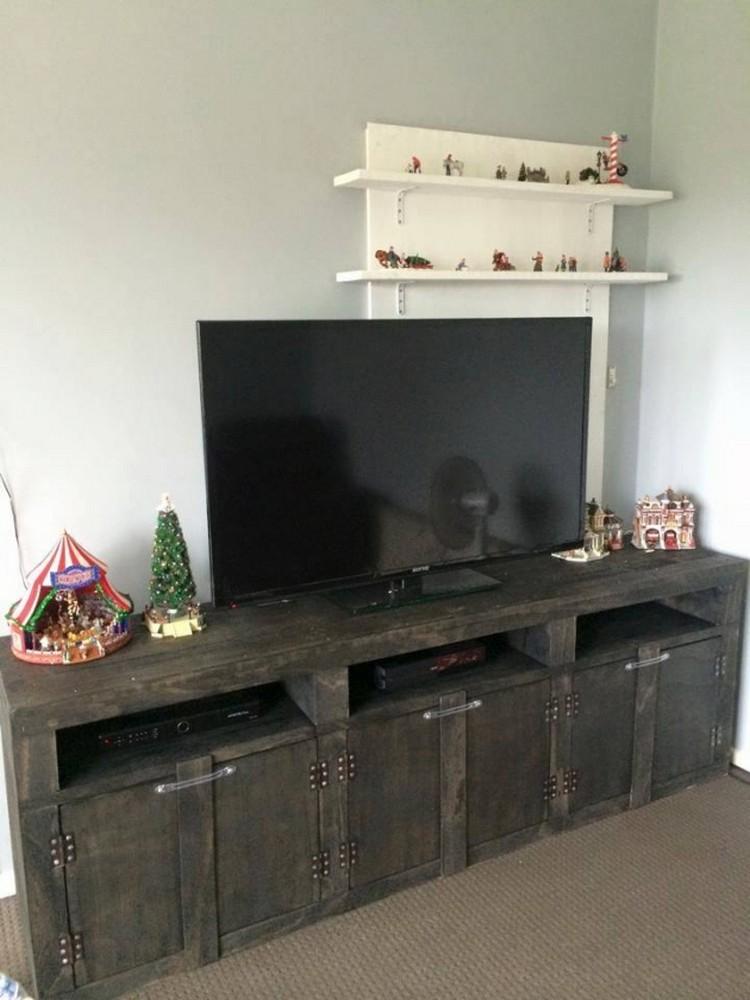 Pallet TV Console