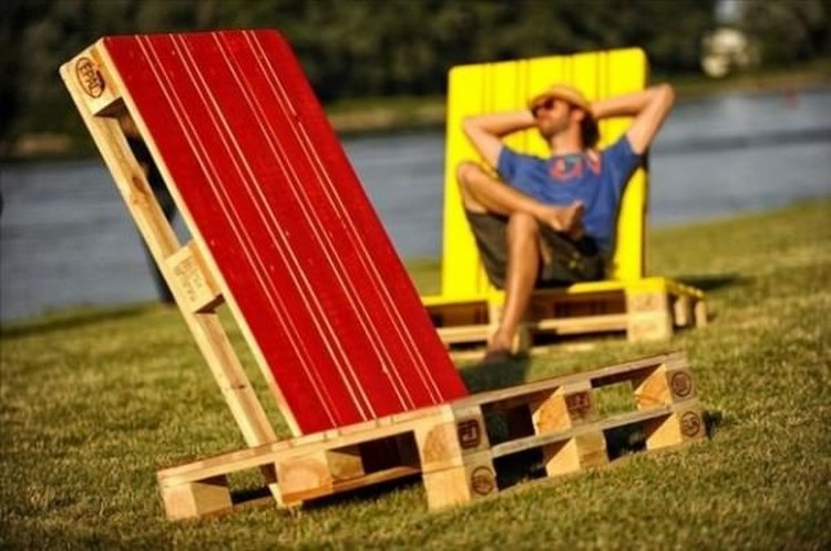 pallet Outdoor Lounge Chairs