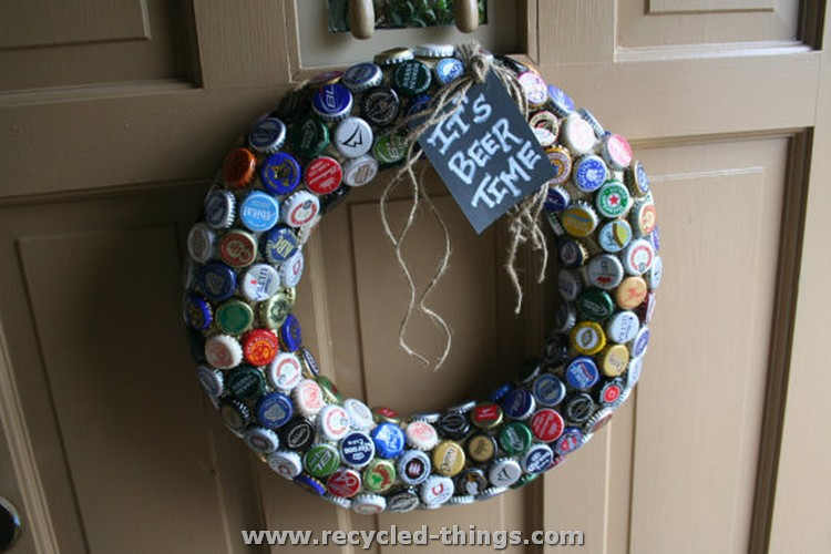 Recycled bottle caps crafts recycled things for How to make things with bottle caps