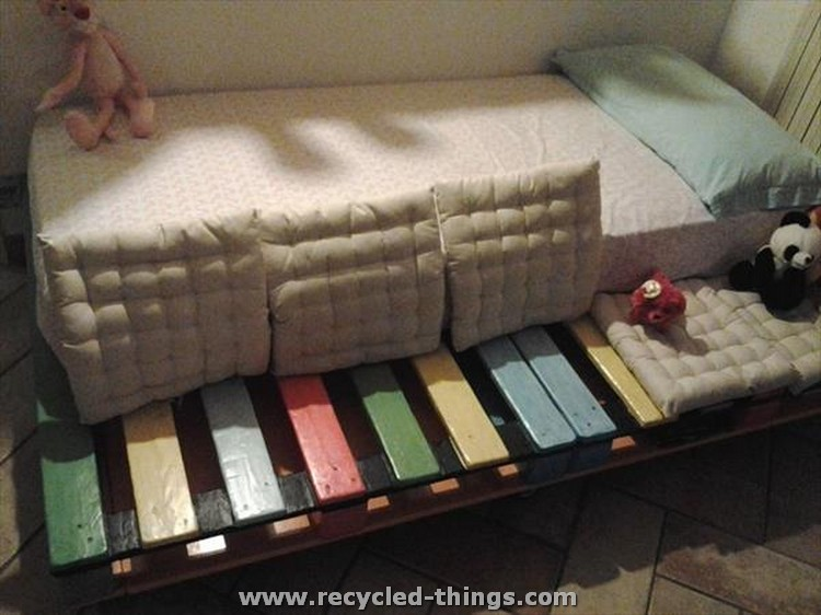 Colorful Pallet Kids Bed