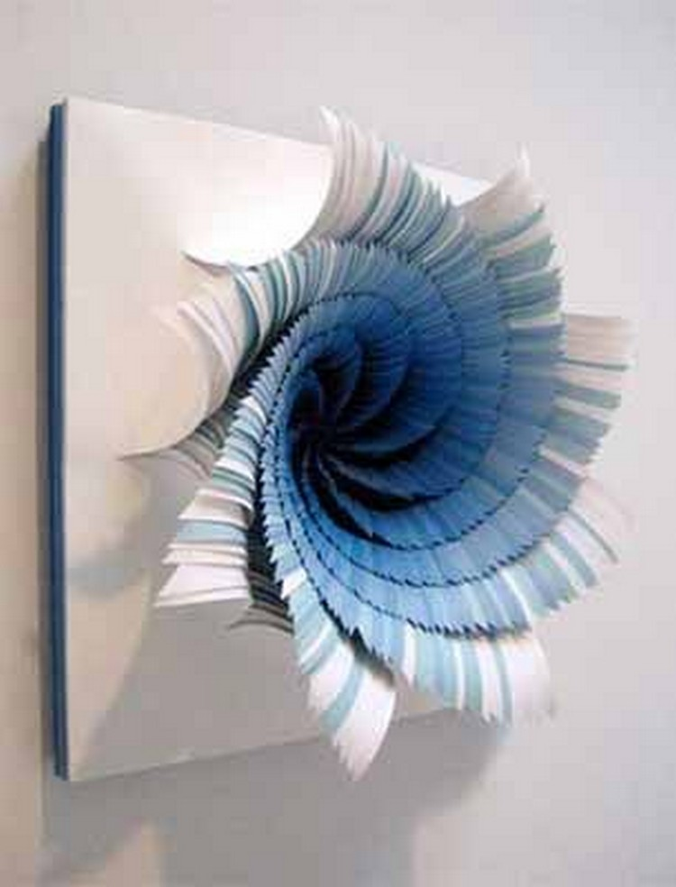 Wall decor ideas with paper recycled things for Art and craft for wall decoration