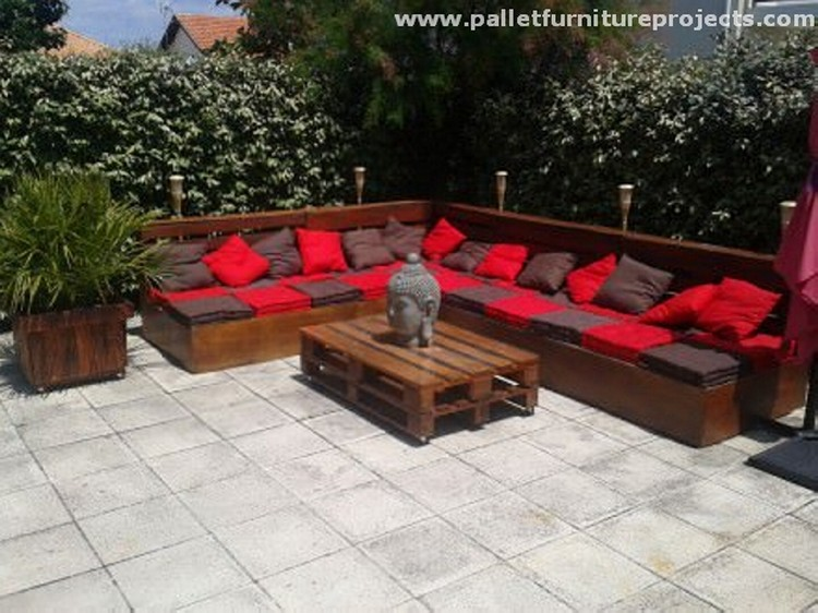 Lounge Furniture Made from Pallets | Recycled Things