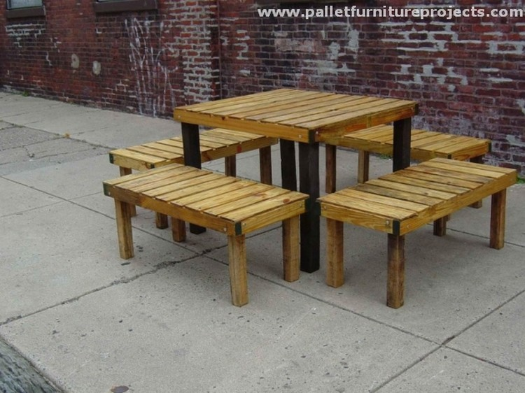 ... Pallet Made Outdoor Furniture Pallet Patio ...