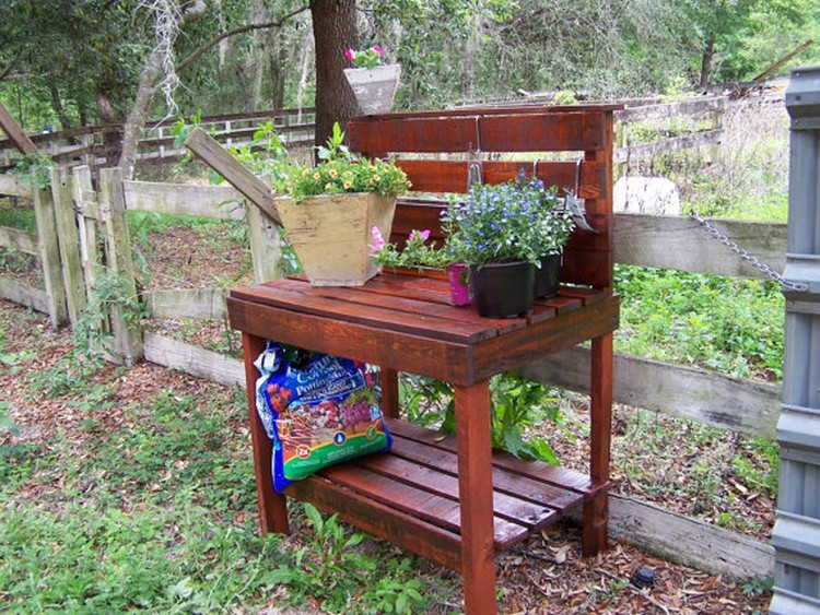 Gardening Bench Plans Part - 47: ... Pallet Made Potting Bench ...