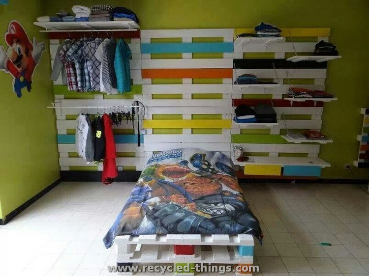Pallet Toddlers Bed