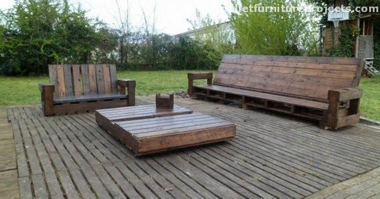 Lounge furniture made from pallets recycled things Reclaimed wood patio furniture