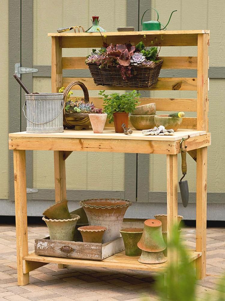 Pallet Wood Potting Bench