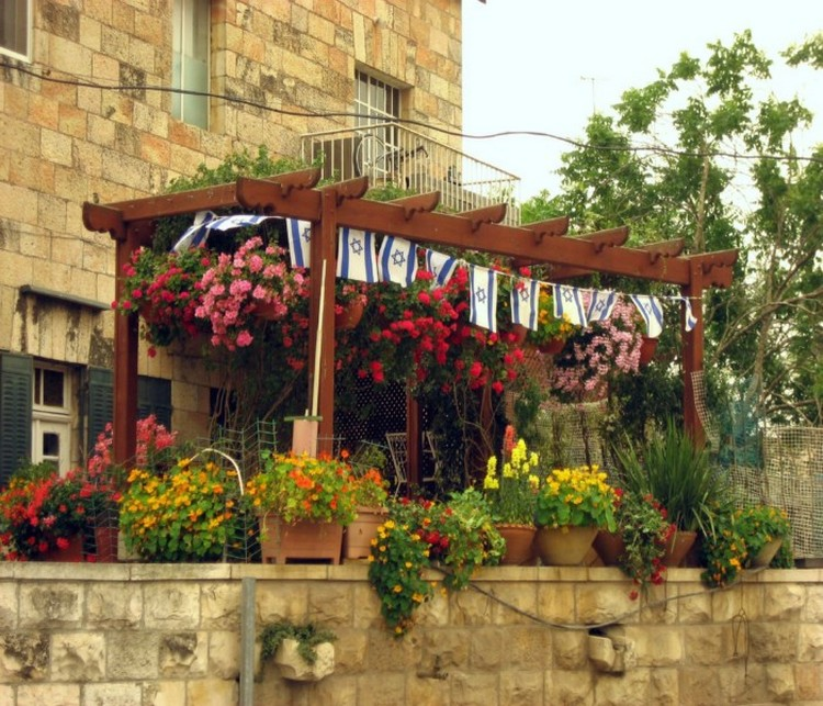 Pergola Flowers Decor