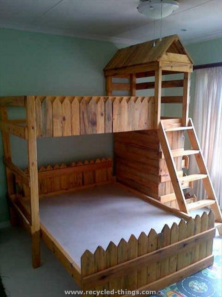 Recycled Pallet Bed for Kids