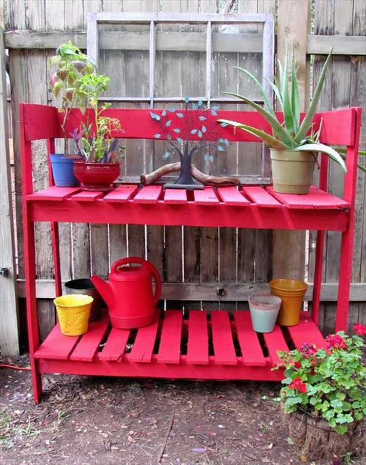 Wooden Pallet Potting Bench