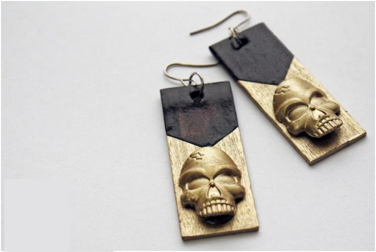 Glam Skull Earrings