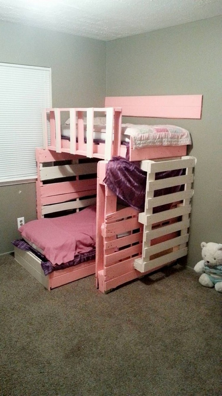 Pallet bunk bed plans recycled things for Pallet furniture designs