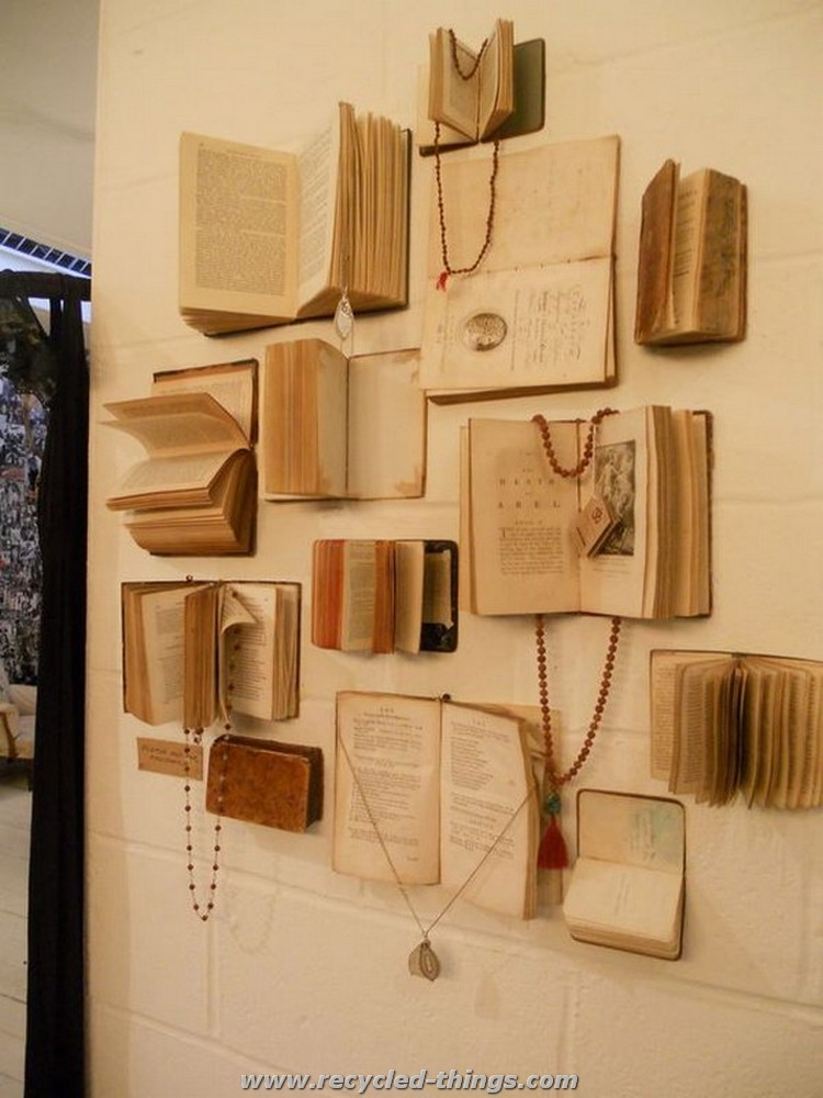 Diy projects made with old books recycled things for Wall accessories