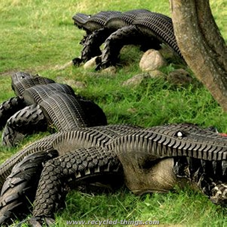 Recycled Tires Alligator