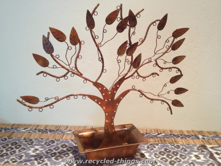 Upcycled Iron Jewelry Tree