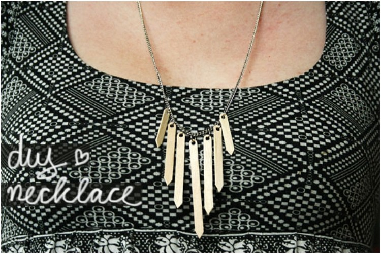 Wooden Sticks Necklace