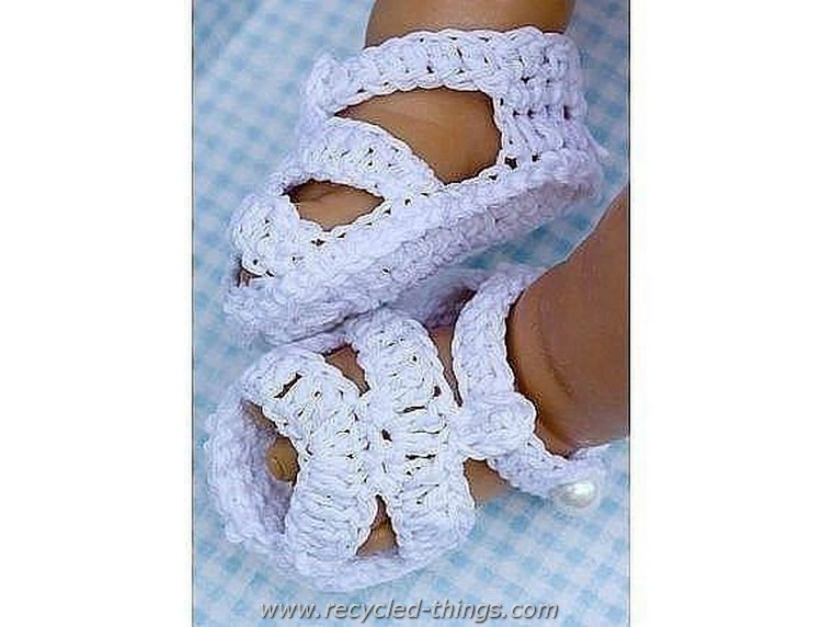 Adorable Crochet Baby Sandals free Patterns | Recycled Things