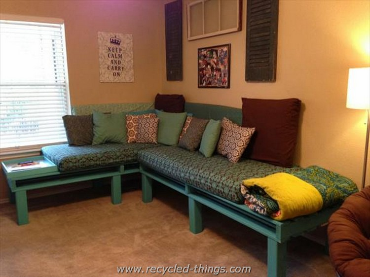 Pallet Sectional Daybed