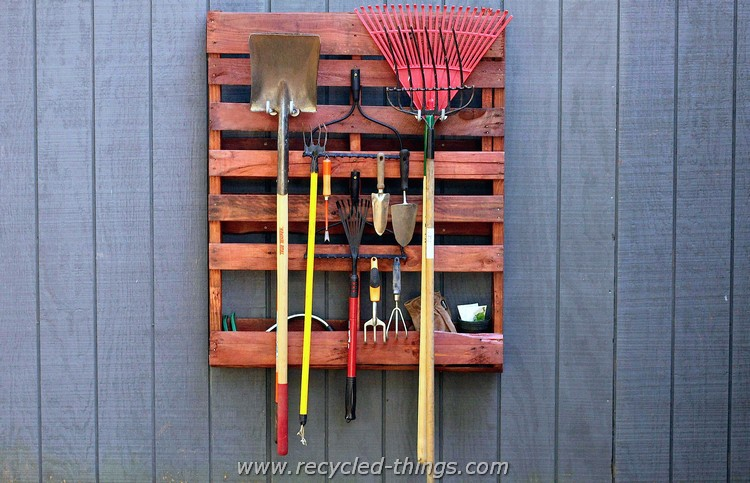 Recycled Wood Pallet Tool Rack