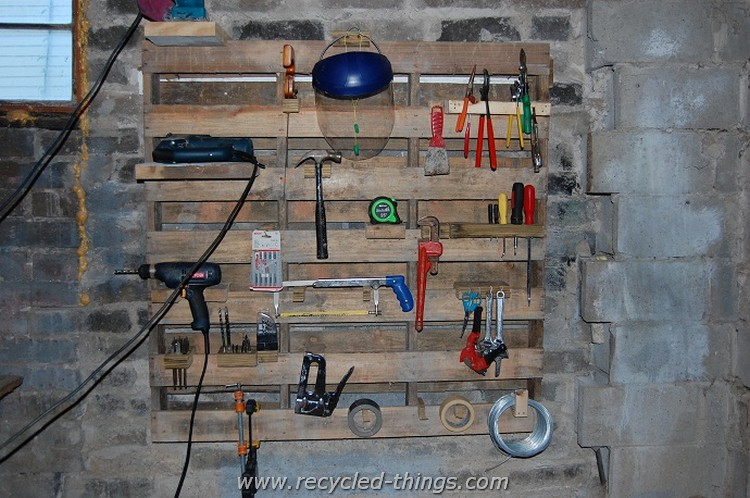 Upcycled Pallet Tool Rack