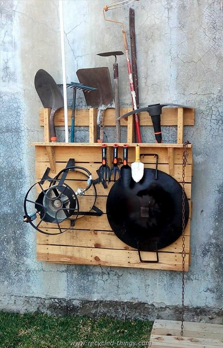 Pallet tool rack ideas recycled things