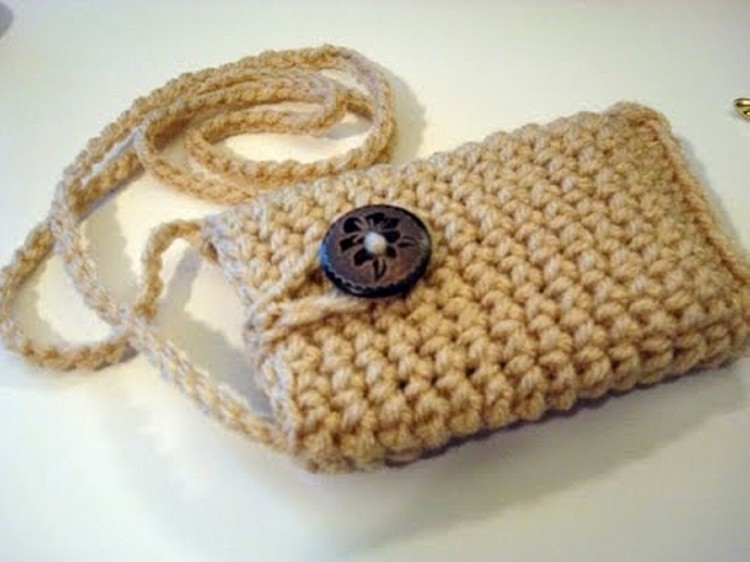 Crochet Mobile Cover
