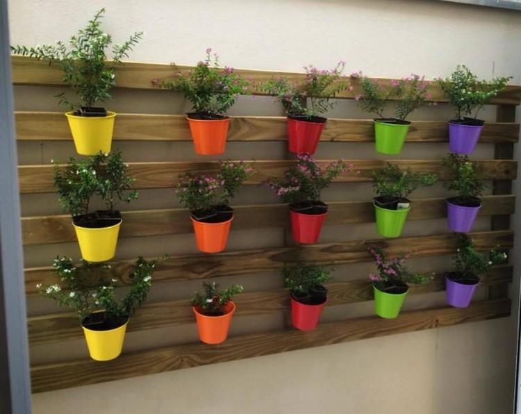 Cute Pallet Wall Planter