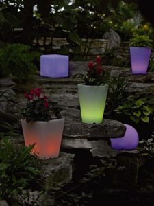 Illuminated Planters For A Romantic Look Of The Backyard