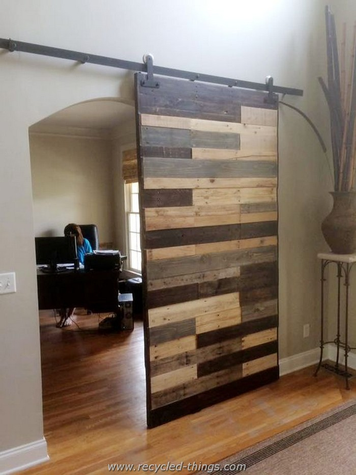 Recycled Pallet Office Slide Gate