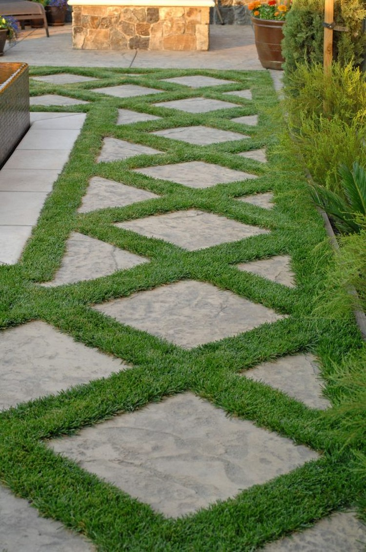 Beautiful garden pathway for every contemporary garden for Grass design ideas