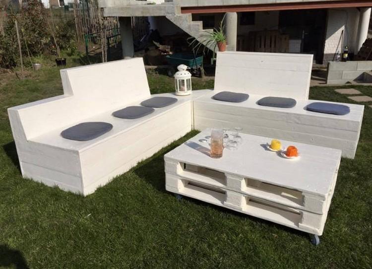 Pallet Patio Sofa